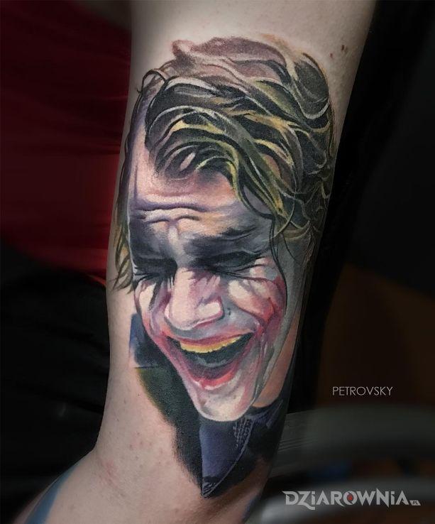 Tatuaż śmiech jokera - twarze