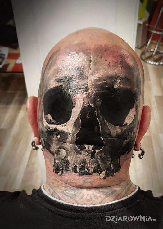 Tatuaż czaszka tam gdzie trzeba - 3D