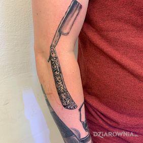 Rękaw barbera. Jeden z tatuaży.