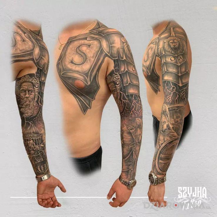 Tatuaż mitologcziny rękaw - postacie