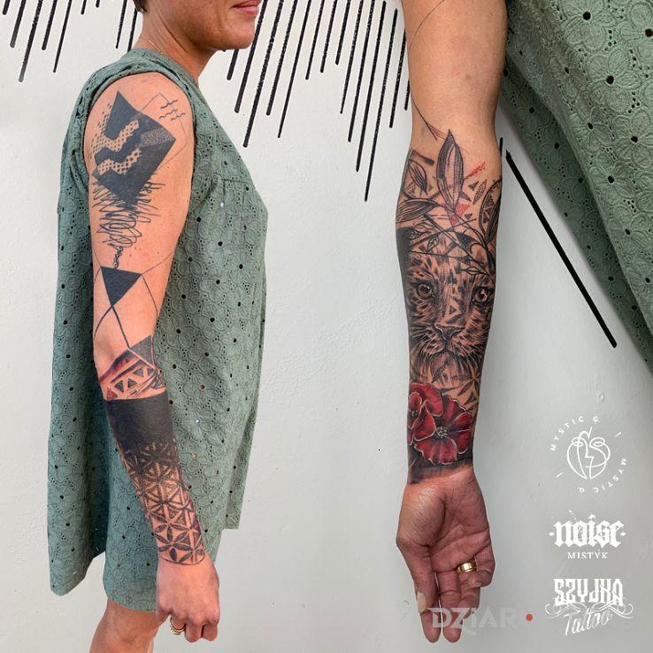 Tatuaż ciekawe kolabo z mystic g prawa strona moja - seksowne