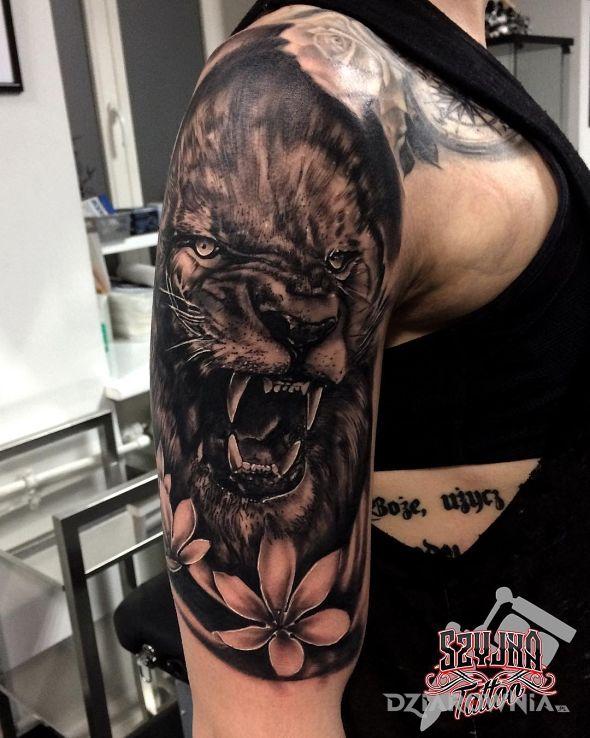 Tatuaż lion king - zwierzęta