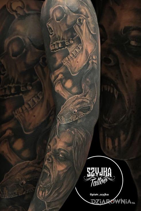 Tatuaż scary sleeve - realistyczne