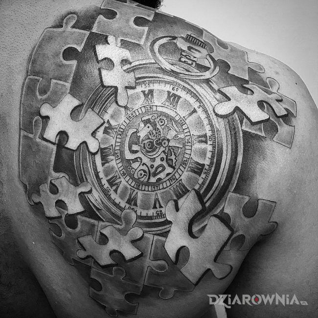 Tatuaż Puzzle Czasu Autor Dragon Dziarowniapl