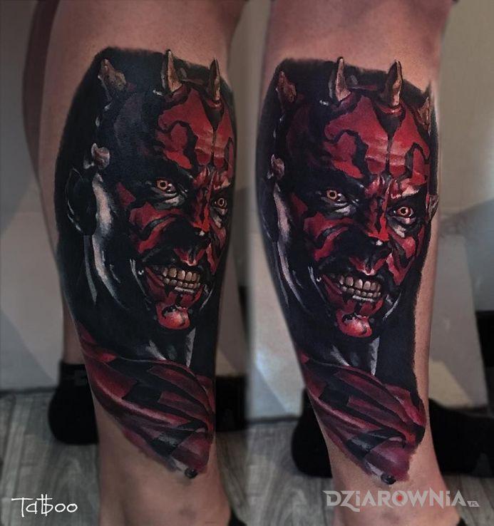 Tatuaż darth maul w motywie postacie na przedramieniu