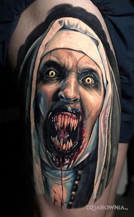 Tatuaż Zęby Piekielnej Zakonnicy Autor Klemens