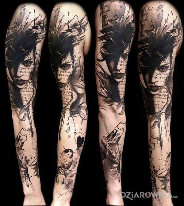 Tatuaż czarnowłosa - rękawy