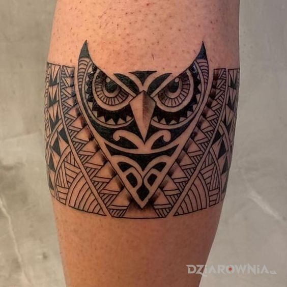 Tatuaż polinezyjska sowa - polinezyjskie