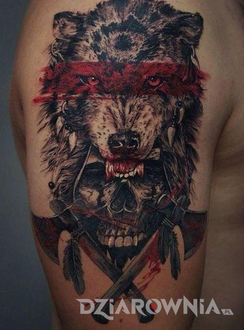 Tatuaż wilk w trash polce