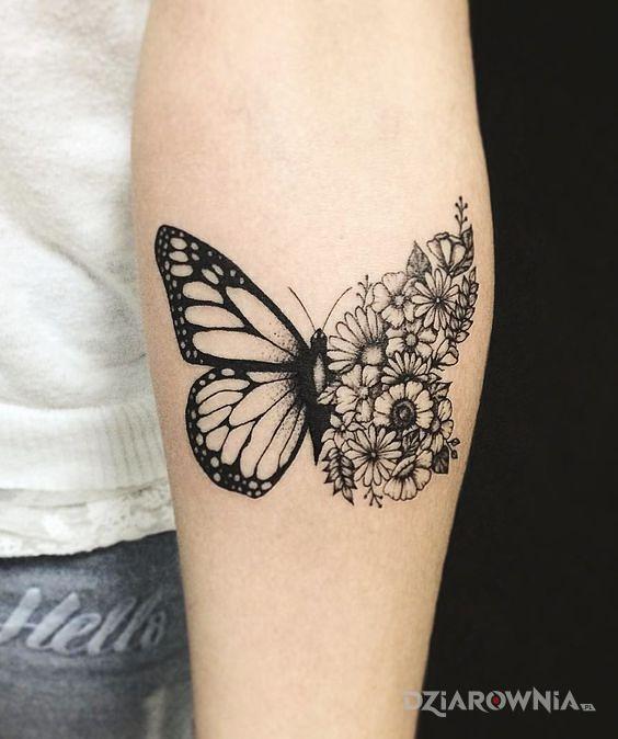 Tatuaż kwiecisty motyl - motyle