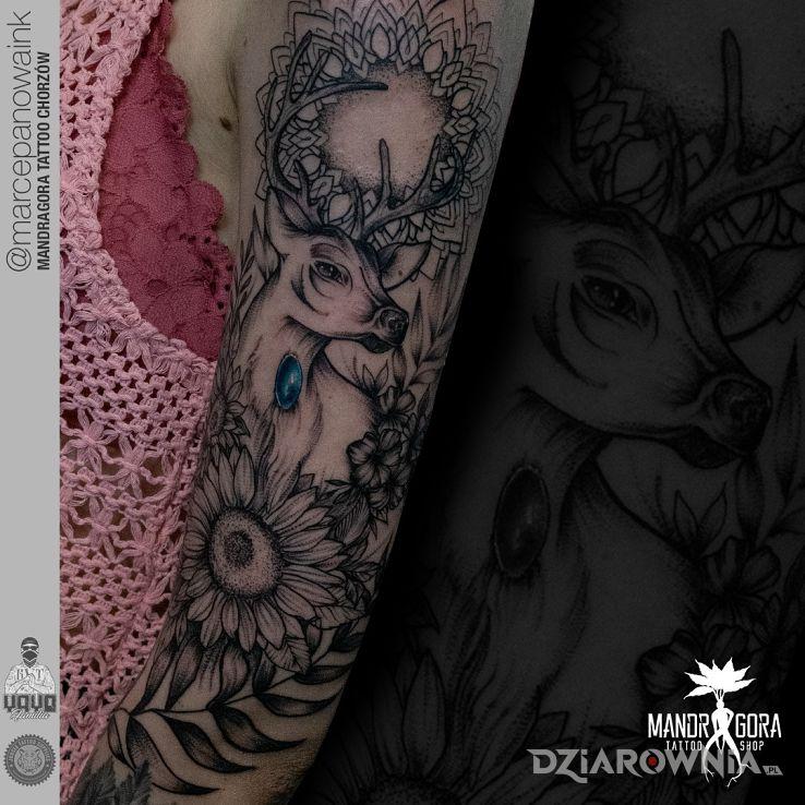 Tatuaż jeleń - zwierzęta