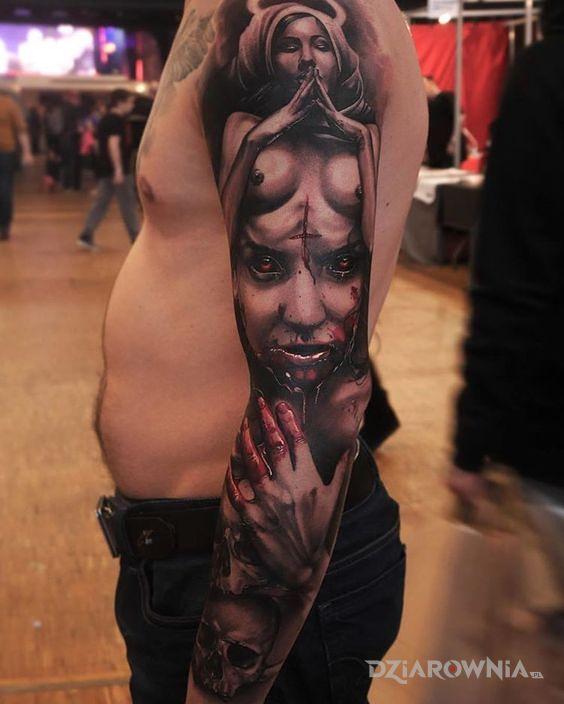 Tatuaż rękaw z demoniczną kobietą - twarze