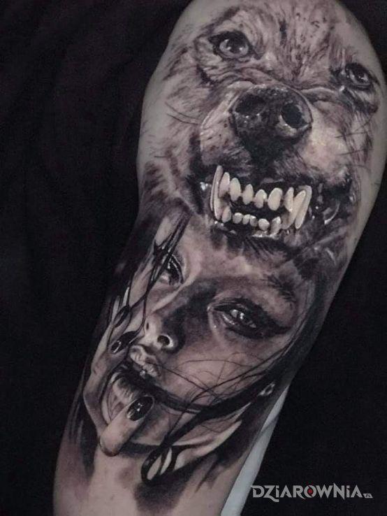 Tatuaż kobietawilk - rękawy