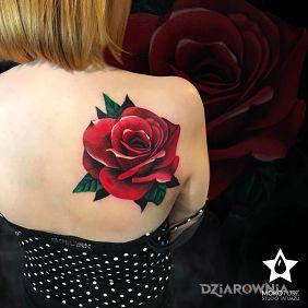Klasycznie. Rose Tattoo.