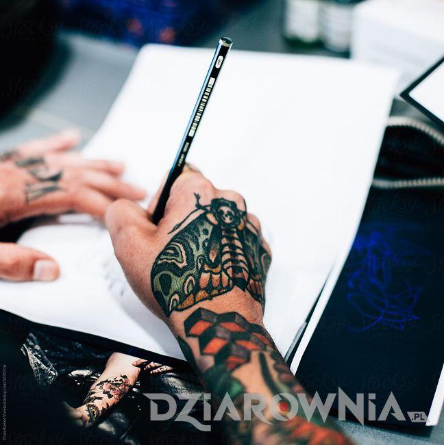 Projektowanie tatuażu