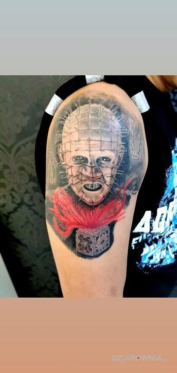 Tatuaż pinhead - postacie