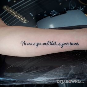 Nikt nie jest tobą