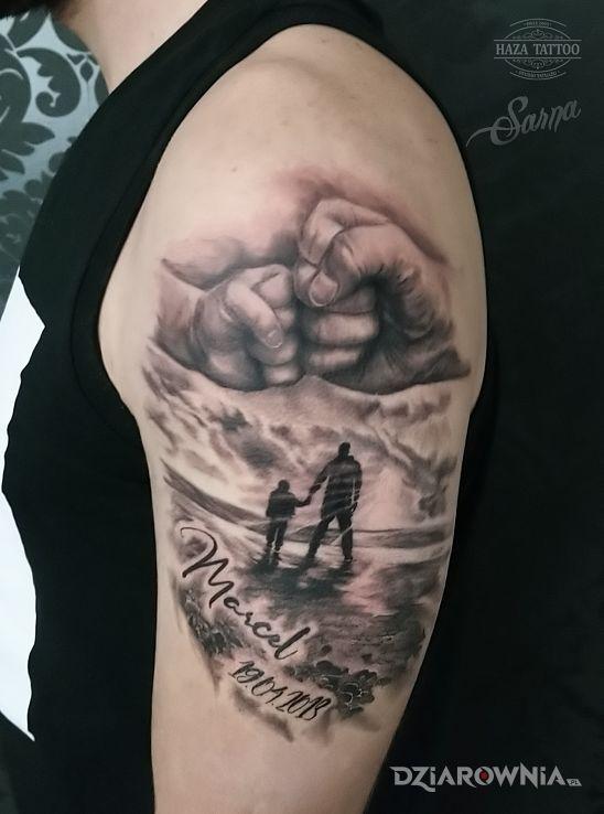 Tatuaż ojciec i syn studio haza tattoo - czarno-szare