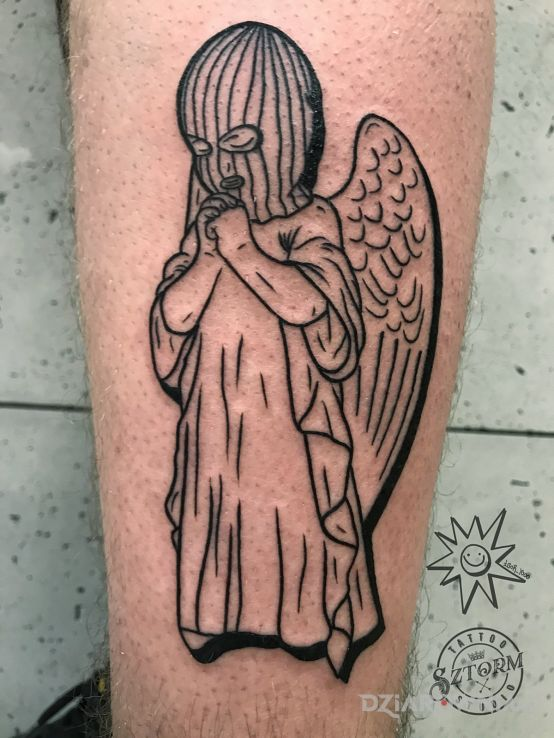 Tatuaż angel on the street - czarno-szare