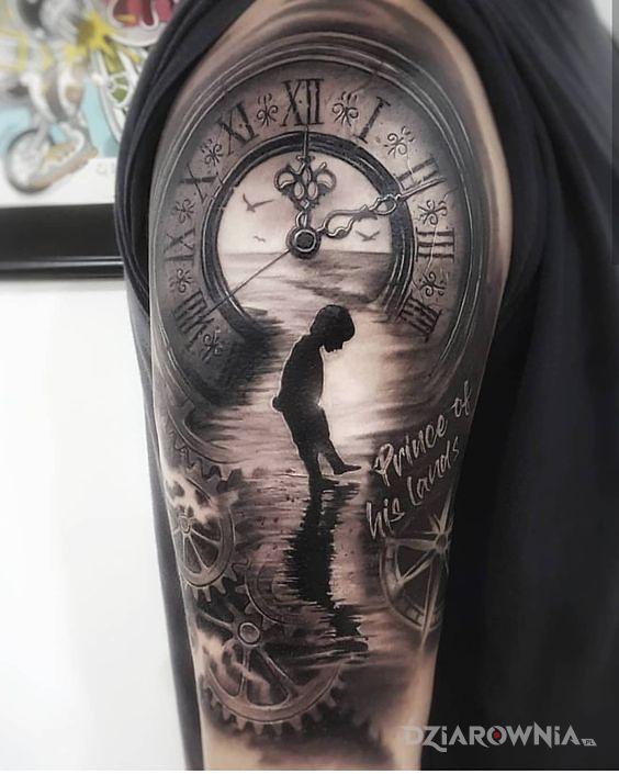 Tatuaż piękny zegar - czarno-szare
