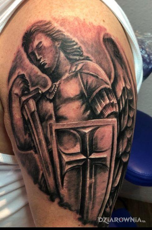 Tatuaż archanioł - anioły