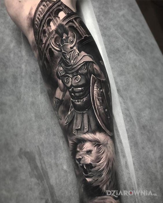 Tatuaż opancerzony gladiator - postacie