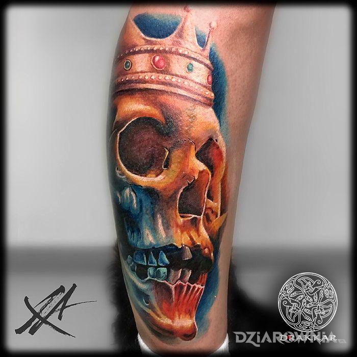 Tatuaż czaszka w kolorze - kolorowe