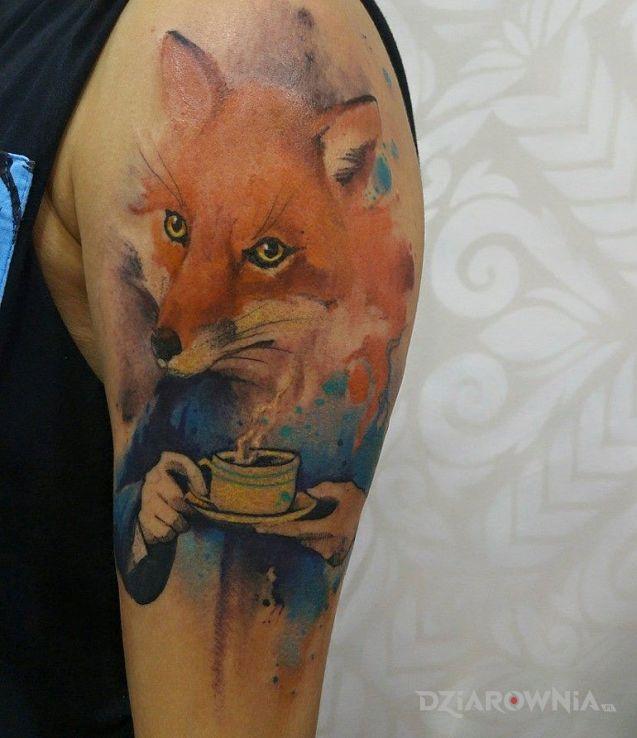 Tatuaż pan lis w motywie zwierzęta i stylu watercolor na ramieniu