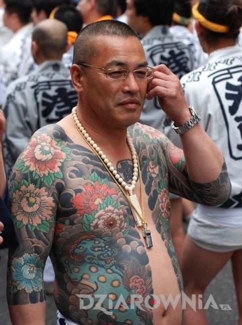 Tatuaż człongka yakuzy