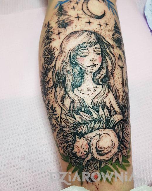 Tatuaż dziewczyna z kotem