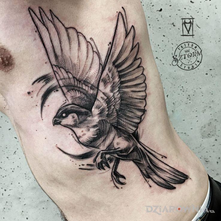 Tatuaż leć wysoko - skrzydła