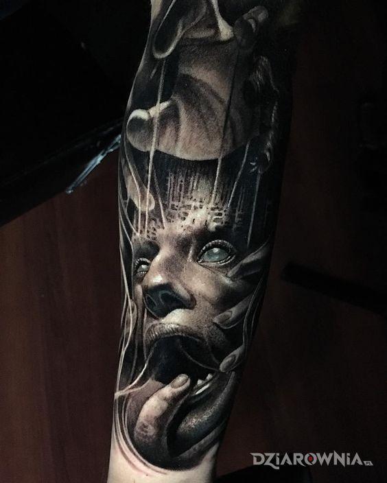 Tatuaż kontrola człowieka - twarze