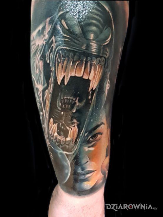 Tatuaż alien - kolorowe