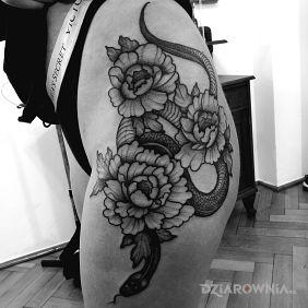 Kwiaty / Wąż