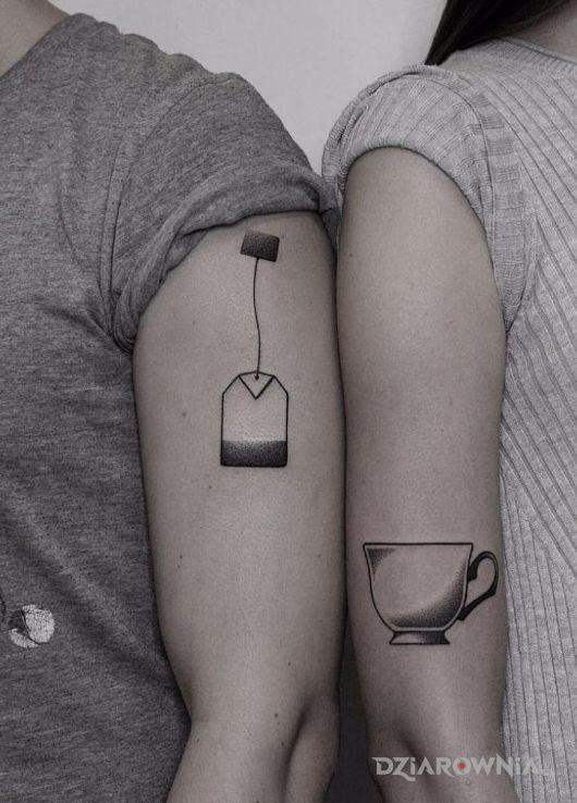 Tatuaż herbatka - przedmioty