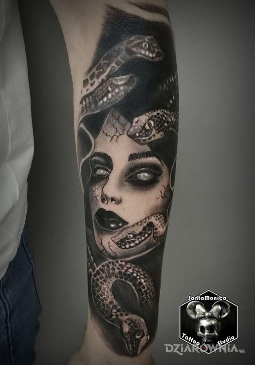 Tatuaż żmijki - rękawy