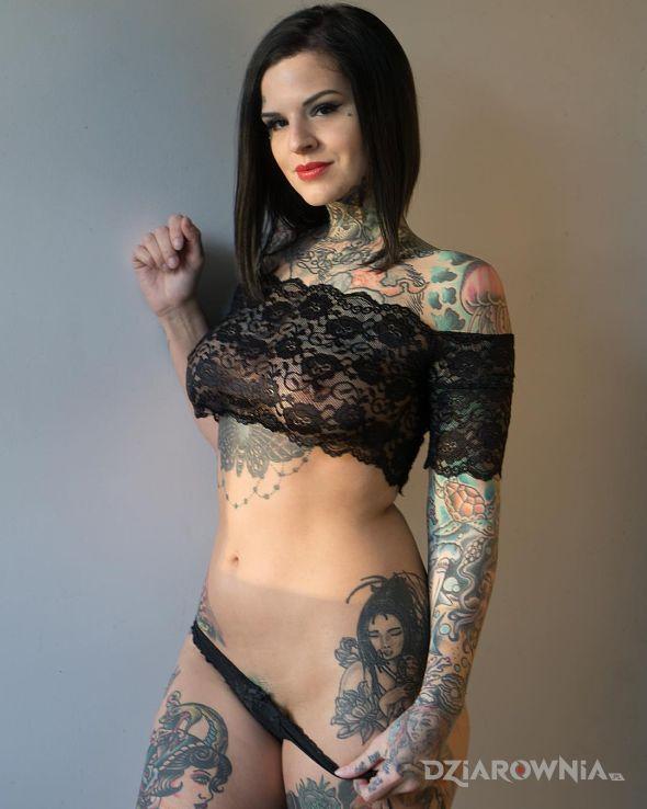Tatuaż do dolu ale nie do konca - rękawy