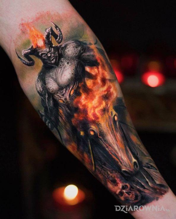 Tatuaż bóg wojny - zwierzęta
