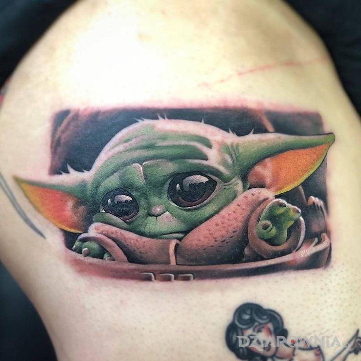 Tatuaż baby joda - kolorowe