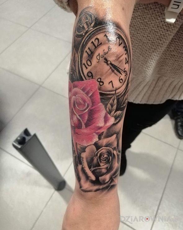 Tatuaż imię syn i godzina narodzin - rękawy