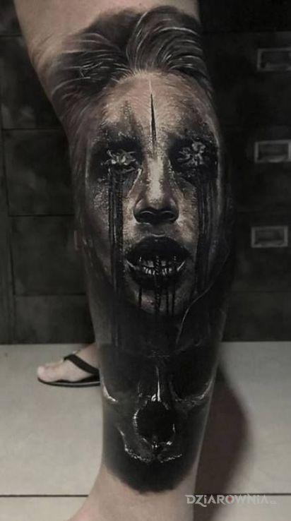 Tatuaż przerazajacy widok - czaszki