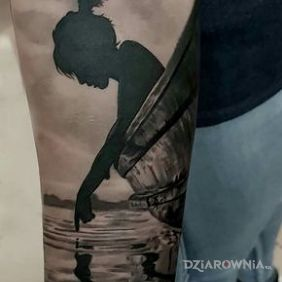 Dziewczyna nad wodą