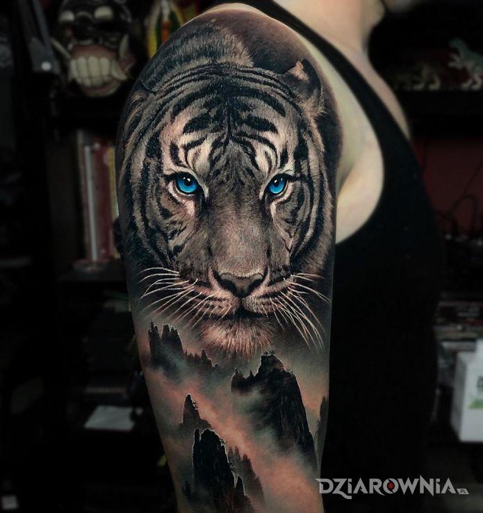 Tatuaż niebieskooki tygrys - czarno-szare