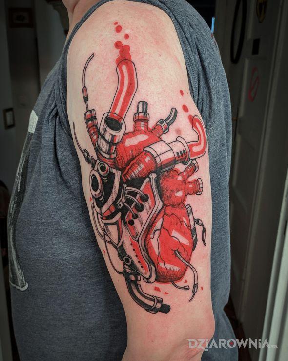 Tatuaż mechaniczne serce  cyberpunk - kolorowe