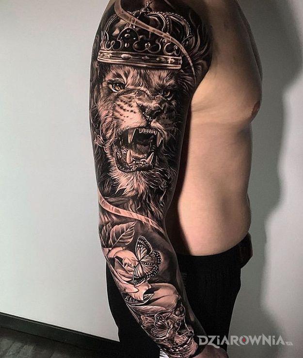 Tatuaż królewski lew - rękawy