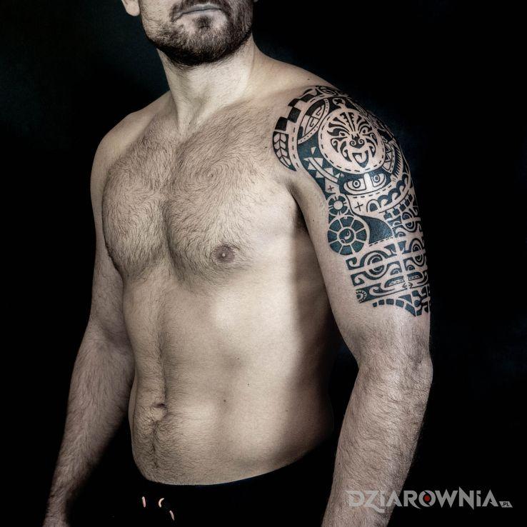 Tatuaż polinezja dla wojownika - anatomiczne