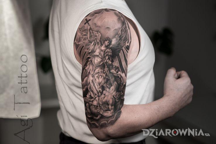 Tatuaż archanioł gabriel - religijne