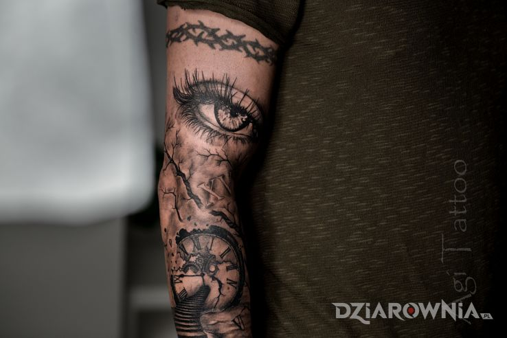 Tatuaż oko część rękawa - twarze