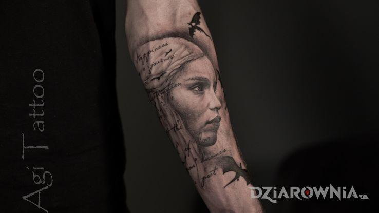 Tatuaż gra o tron - zwierzęta