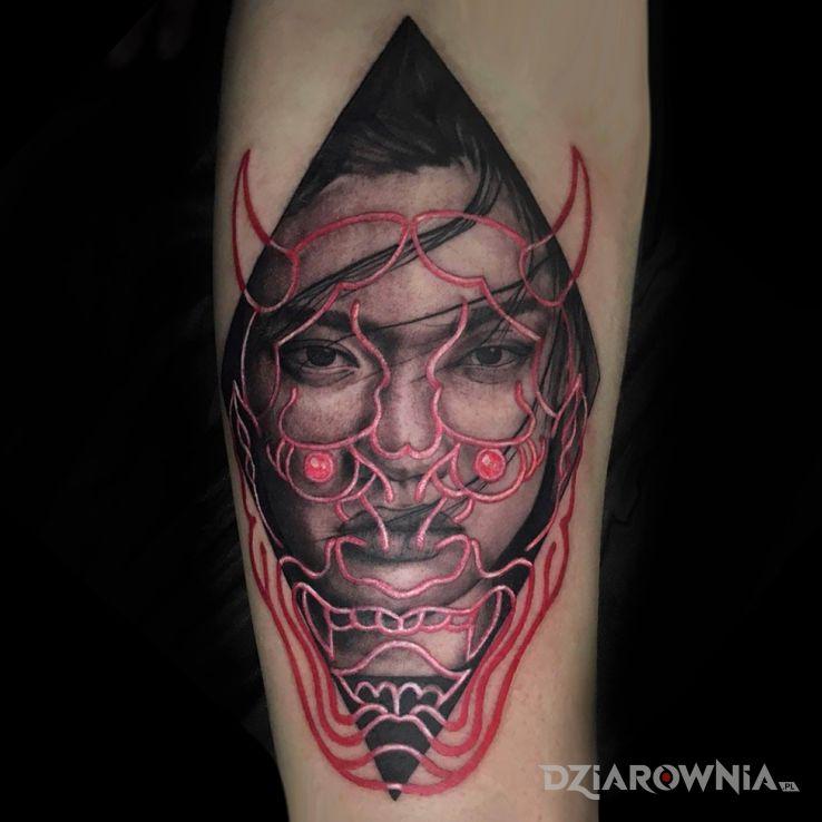 Tatuaż japan hannya mask - święcące w ciemności
